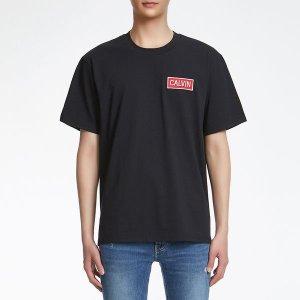 [갤러리아] 19 S S  남   로고 뱃지 릴렉스핏 반팔 티셔츠 J312672 099